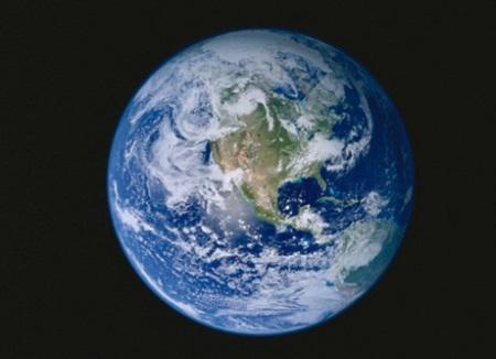 Nữ hoàng Anh là người sở hữu hợp pháp 1/6 bề mặt Trái đất.