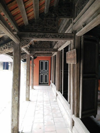 Một ngôi nhà cổ có đầy đủ tiện nghi, phòng nghỉ cho du khách đến tham quan và nghỉ dưỡng tại đây