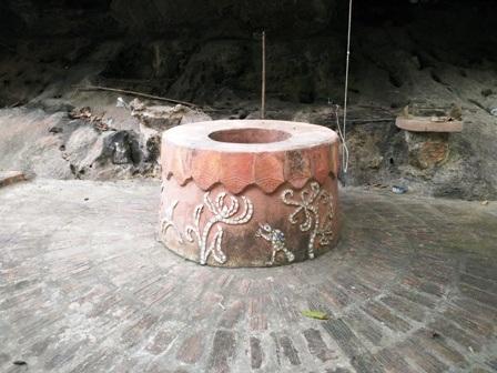 Trong làng có cây đa, giếng nước, sân đình đậm chất làng quê Bắc Bộ