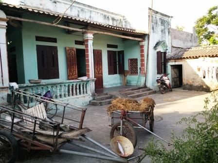 Căn nhà của gia đình chị Huấn trở nên hoang sơ, tiêu điều