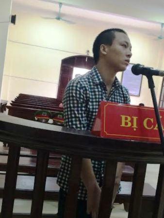 Bị cáo Đinh Thanh Dũng tại phiên tòa xét xử