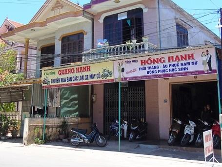 Tiệm mua bán xe máy cũ, nơi xảy ra vụ cướp hi hữu