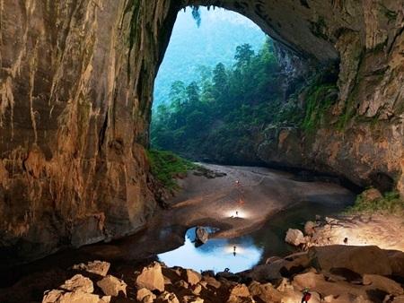 Vẻ đẹp kỳ vĩ tại các hang động ở VQG Phong Nha - Kẻ Bàng (Ảnh: Internet)