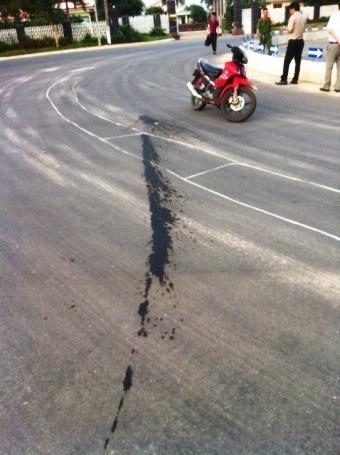 Vị trí chiếc xe tải rải hóa chất phá hoại mặt đường