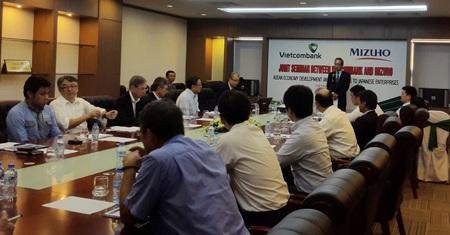Ông Yutaka Abe- Ủy viên HĐQT, Phó Tổng giám đốc Vietcombank phát biểu tại Hội thảo
