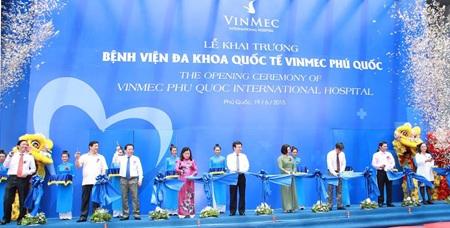 Lễ cắt băng khánh thành Bệnh viện Đa khoa Quốc tế Vinmec Phú Quốc sáng 19/6/2015