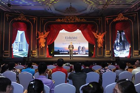 Đại diện Lãnh đạo Tập đoàn Tân Hoàng Minh chia sẻ thông tin về dự án