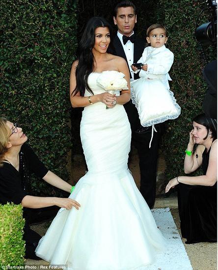 Những hình ảnh giờ mới công bố về đám cưới triệu đô của cô Kim - 10