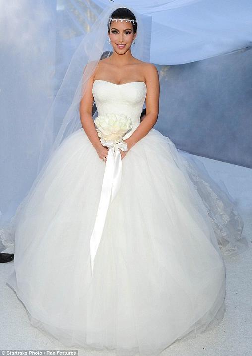 Những hình ảnh giờ mới công bố về đám cưới triệu đô của cô Kim - 1