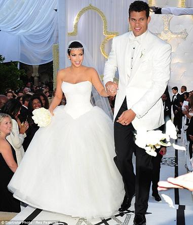 Những hình ảnh giờ mới công bố về đám cưới triệu đô của cô Kim - 6