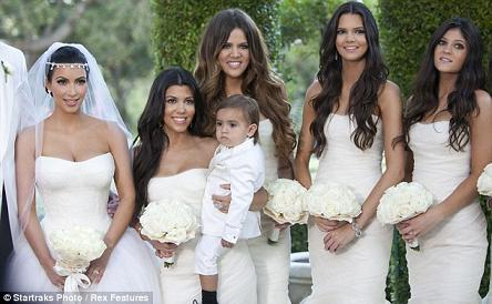 Những hình ảnh giờ mới công bố về đám cưới triệu đô của cô Kim - 9