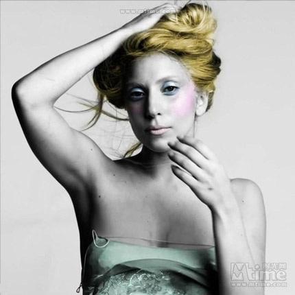 Lady Gaga khiến thợ săn ảnh bận rộn vì... váy ren - 19