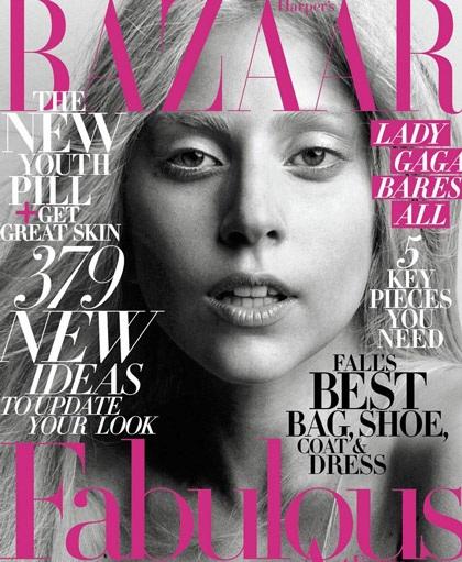 Lady Gaga khiến thợ săn ảnh bận rộn vì... váy ren - 18