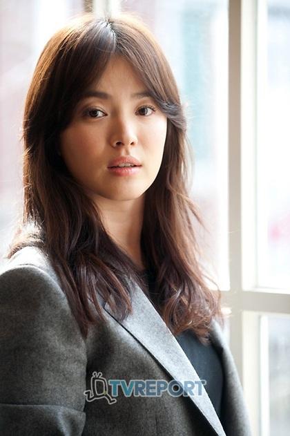 Song Hye Kyo: Tóc xoăn quyến rũ - 2