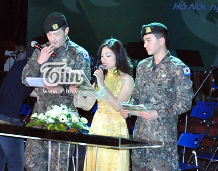 Bi (Rain) chào khán giả bằng tiếng Việt
