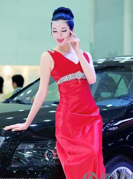 """Bóng hồng tiếp tục """"thiêu đốt"""" triển lãm ô tô Trung Quốc - 14"""