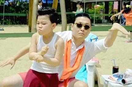 Hwang Min Woo nổi tiếng sau ghi góp mặt trong clip làm mưa làm gió khắp thế giới