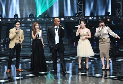 Halo là ca khúc cuối cùng mà Jessie thể hiện trên sân khấu Giọng hát Việt tối qua.