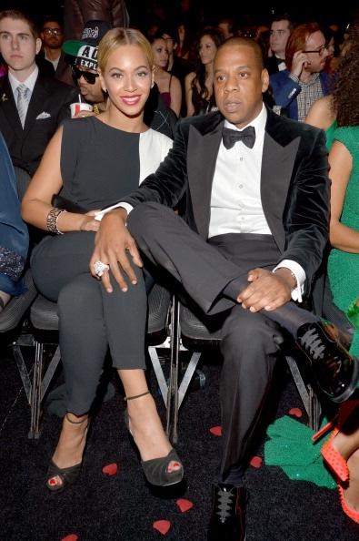 Nụ cười mãn nguyện và chiến thắng của hai vợ chồng Beyonce và Jay-Z.