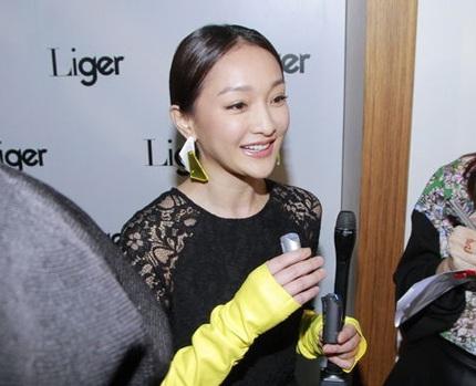 Châu Tấn chia sẻ với phóng viên dự định những ngày nghỉ lễ sắp tới.