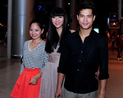 Từ trái sang: diễn viên Lan Phương, siêu mẫu Ngọc Quyên và siêu mẫu Trương Thế Vinh