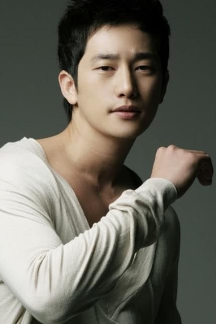 Một bộ phận khán giả hâm mộ vẫn đứng về phía Park Shi Hoo, ủng hộ và tin tưởng vào anh.