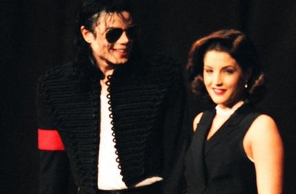 Michael Jackson và Lisa Marie Presley