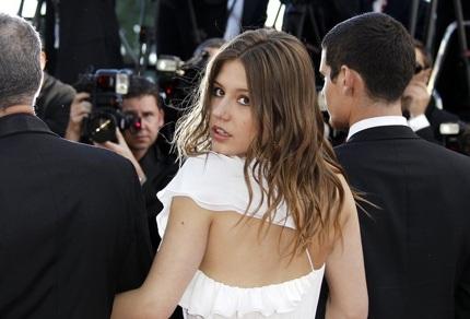Nữ diễn viên trẻ