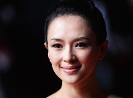 Ngôi sao Trung Quốc tạo dáng điệu đà trước rừng máy ảnh