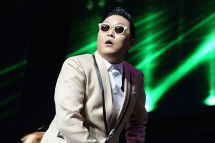 Psy - cha đẻ của hai ca khúc đình đám