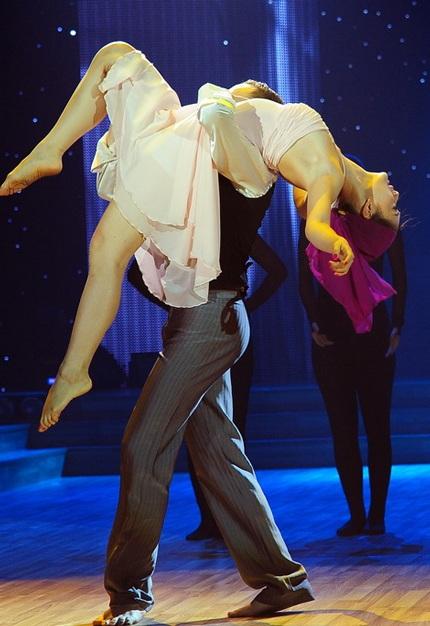 Phần thi giành điểm tuyệt đối của Lan Phương và bạn nhảy