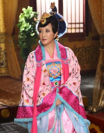 Tạo hình của nhân vật do Lưu Hiểu Khánh đảm nhiệm khi ở tuổi 50