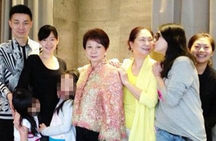 Từ Hy Viên lại lộ vòng hai đầy đặn khi chụp ảnh cùng người thân.