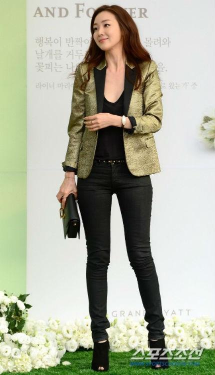 Nữ diễn viên Choi Ji Woo