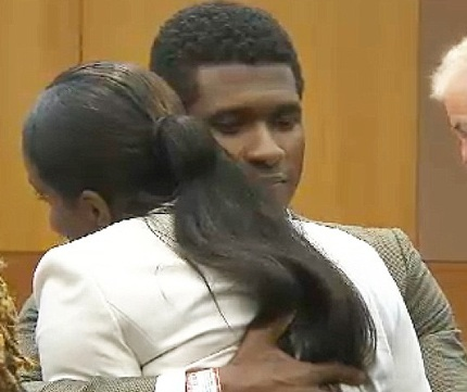 Usher cố gắng động viên vợ cũ sau khi tòa tuyên, anh có toàn quyền giám hộ các con