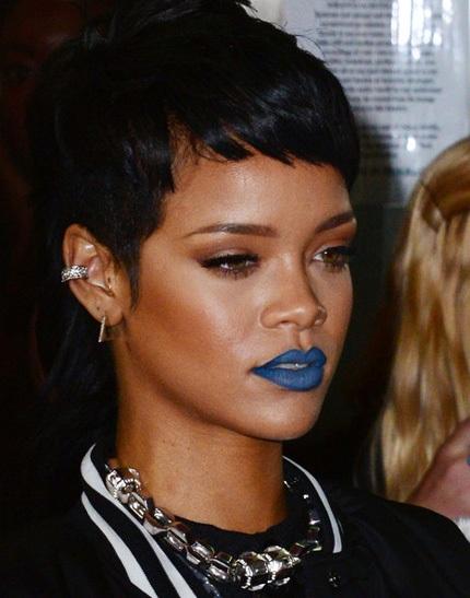 Màu son cá tính của Rihanna
