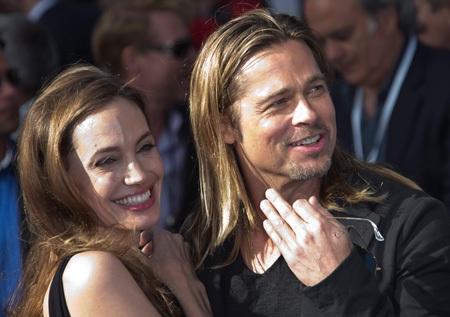 Angelina Jolie và Brad Pitt kiếm được 50 triệu USD trong năm qua