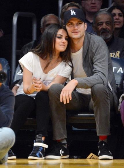 Ashton Kutcher và Mila Kunis kiếm được 35 triệu USD