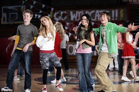 Sự thành công quá mức của High School Musical cũng tạo không ít áp lực cho Zac