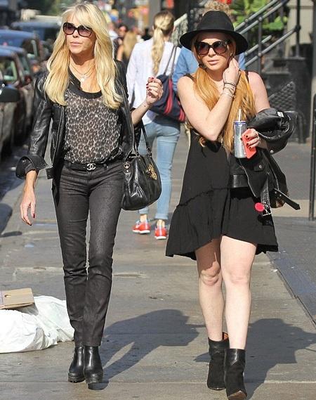 Lindsay Lohan và mẹ ruột - bà Dina Lohan