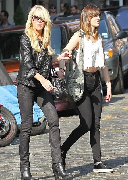 Mẹ ruột của Lindsay Lohan mới đây cũng bị cảnh sát tạm giữ vì lái xe trong tình trạng say rượu.