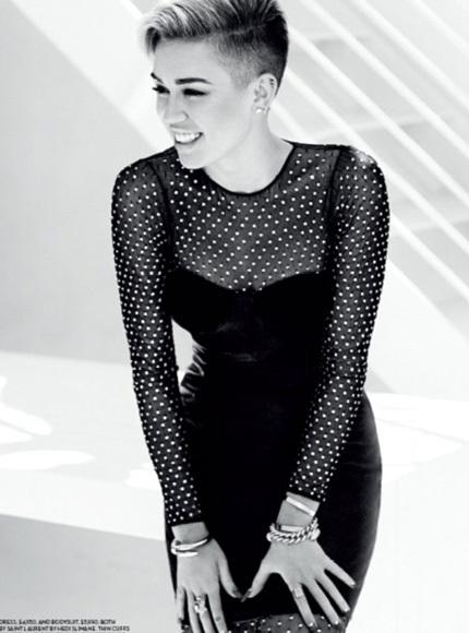 Ngôi sao trẻ xuất hiện trên tạp chí Fashion Magazine