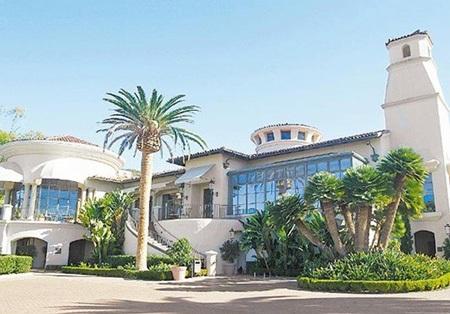 Khách sạn 5 sao - nơi tổ chức hôn lễ xa hoa của Ngô Kiến Hào ở Mỹ.