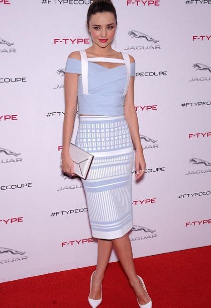 Miranda Kerr thanh lịch và quyến rũ khi tham dự một sự kiện, ngày 19/11.
