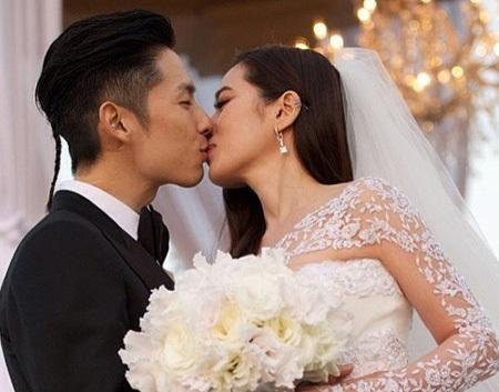 Ngô Kiến Hào và vợ lãng mạn trong đám cưới