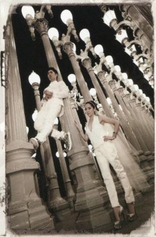 Bộ ảnh cưới của Ngô Kiến Hào và vợ