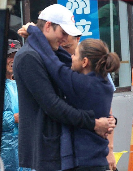 Ashton Kutcher và Mila Kunis đã sẵng sàng bước sang một giai đoạn mới của mối quan hệ