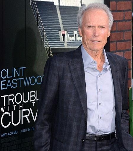 Sau cuộc hôn nhân thất bại, Clint trở nên cay đắng khi nói tới hai từ kết hôn