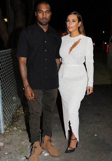 Kim đang bận rộn tham dự một sự kiện tại Miami cùng chồng tương lai.