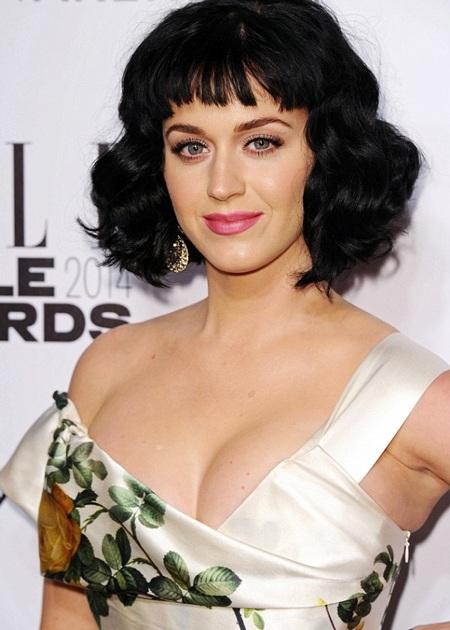 Katy Perry tới dự lễ trao giải Elle Style, tối 18/2.